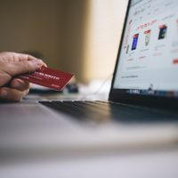 4 of the Worst Credit Card Habits to Avoid
