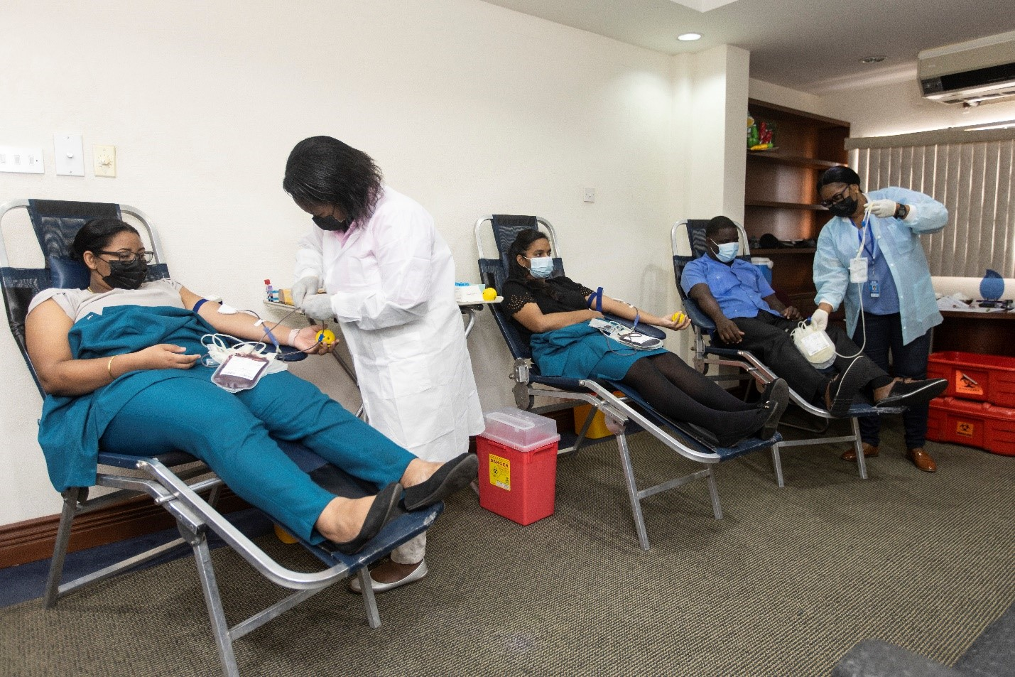 GBTI staff donate 22 units of blood – receives recognition award from Ministry of Health